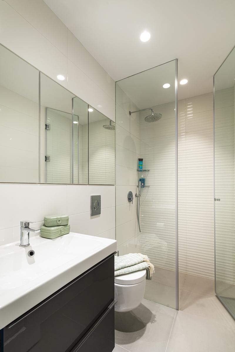 луксозна баня, с душ ниша